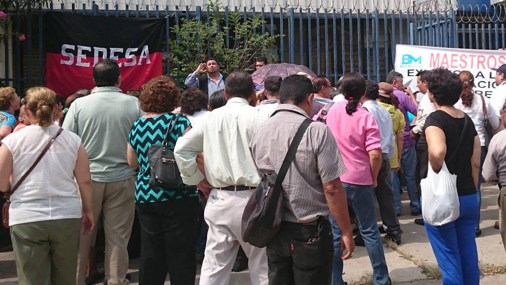 Asamblea avala pago para retiro voluntario de maestros