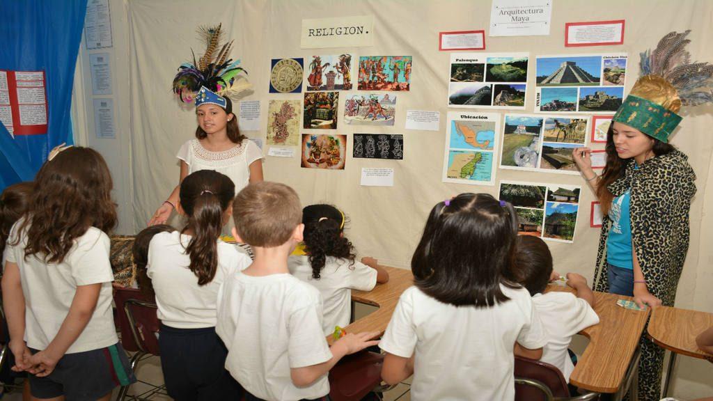 Celebración de la Semana Maya en el Colegio Maya