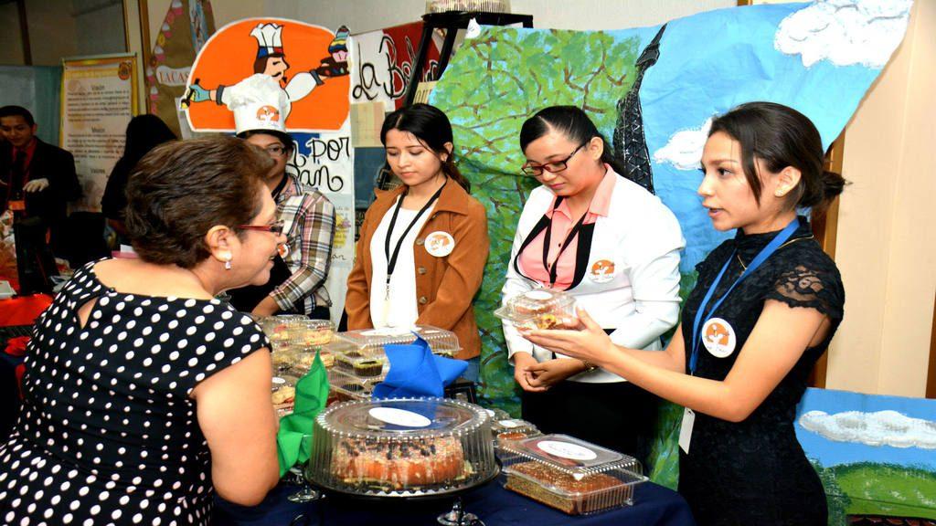 Feria empresarial de estudiantes del CCSA