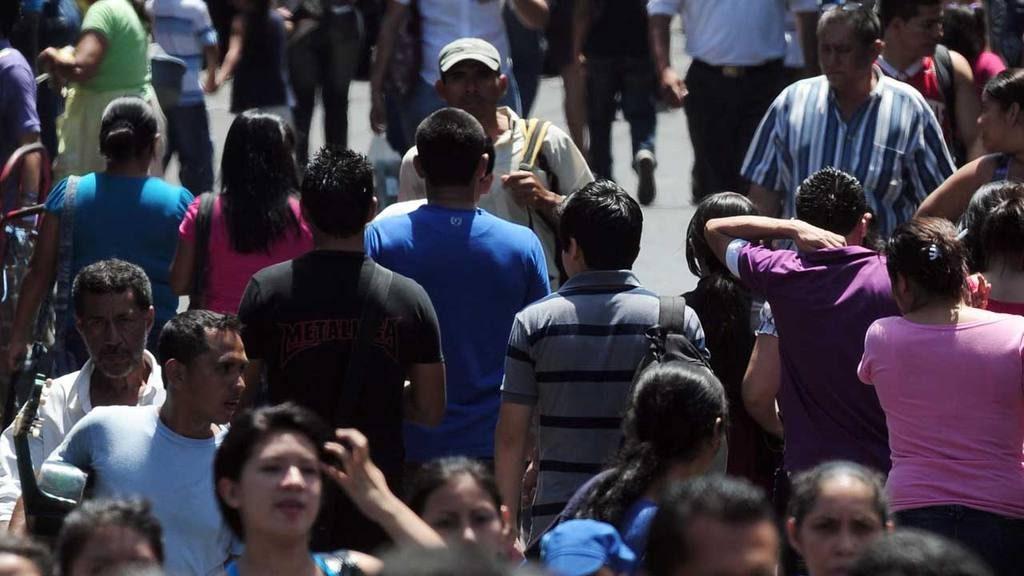 En El Salvador hay 6 millones 581 mil 860 habitantes