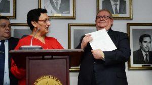 San Salvador 01  Octubre 2016El Ministro de Hacienda Carlos Cáceres