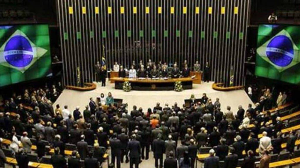 """El presidente del Senado brasileño considera """"abusivo"""" que se pida su prisión"""
