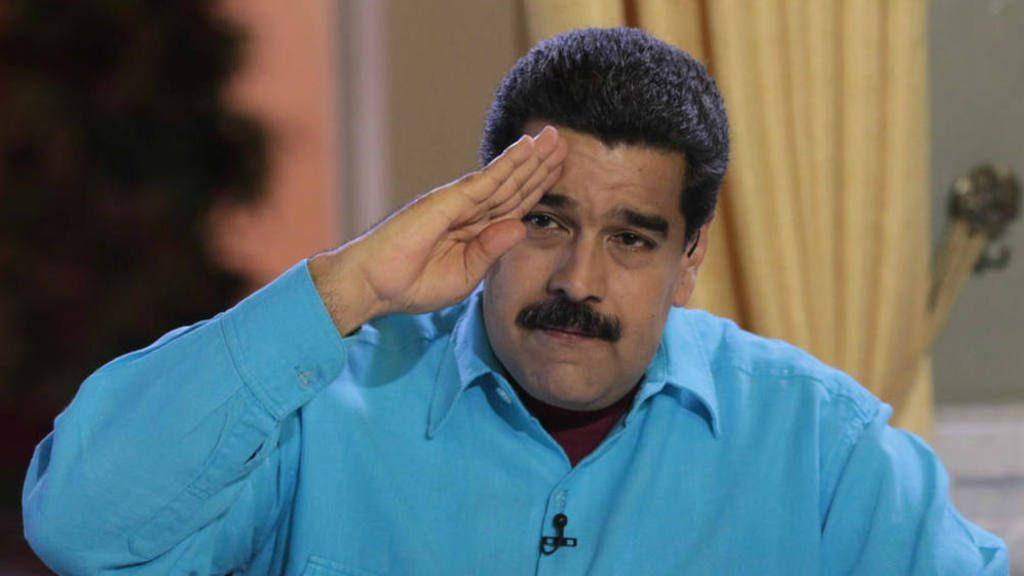 Maduro ordena remover a funcionarios que apoyan el referendo