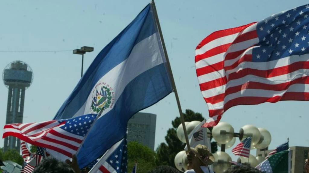 Salvadoreños en Estados Unidos