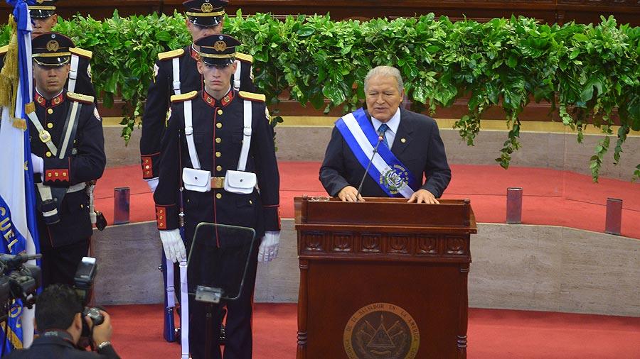 Mayoría de ciudadanos insatisfechos con gestión del gobierno, dice el Iudop