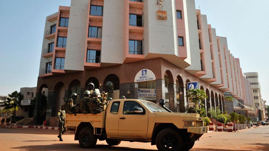 Un francés entre los 3 muertos del ataque contra complejo turístico en Mali