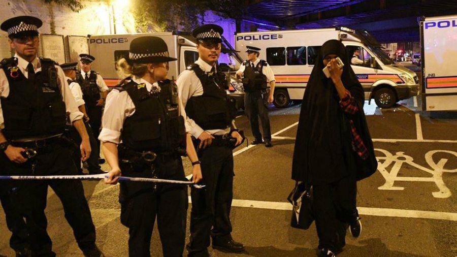 La Policía confirma un muerto y 8 hospitalizados tras atropello masivo junto a mezquita  en Londres