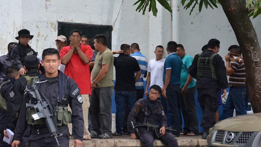 Fuerza Armada en desacuerdo por cantidad de militares capturados ligados a grupo de exterminio