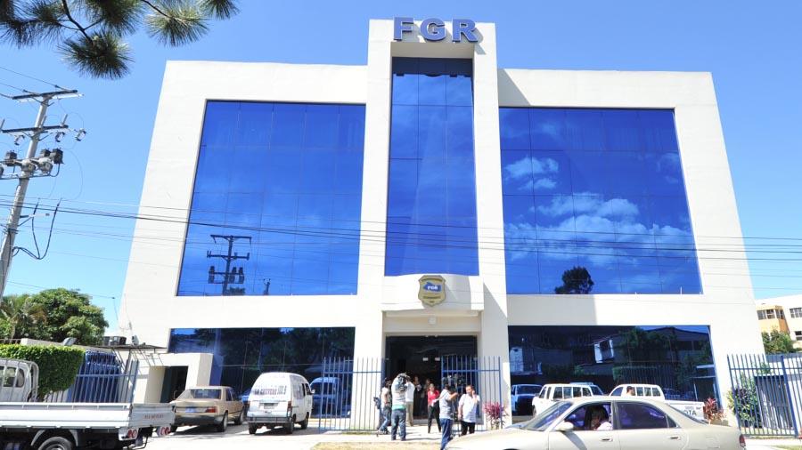 Diputados piden que se le asigne 3 % de presupuesto general para la Fiscalía