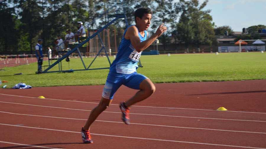 Conoce al único salvadoreño en el Mundial de Atletismo