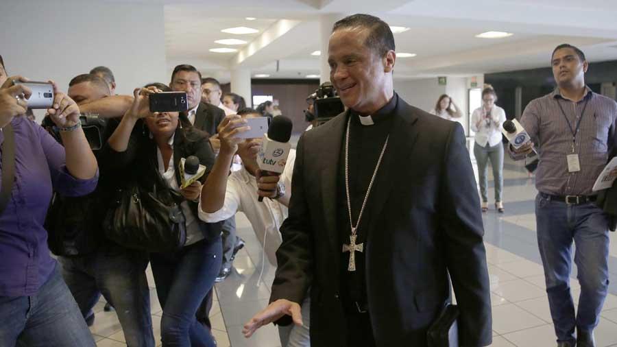 "Monseñor Fabio Colindres: ""presidente Funes avaló la tregua"""