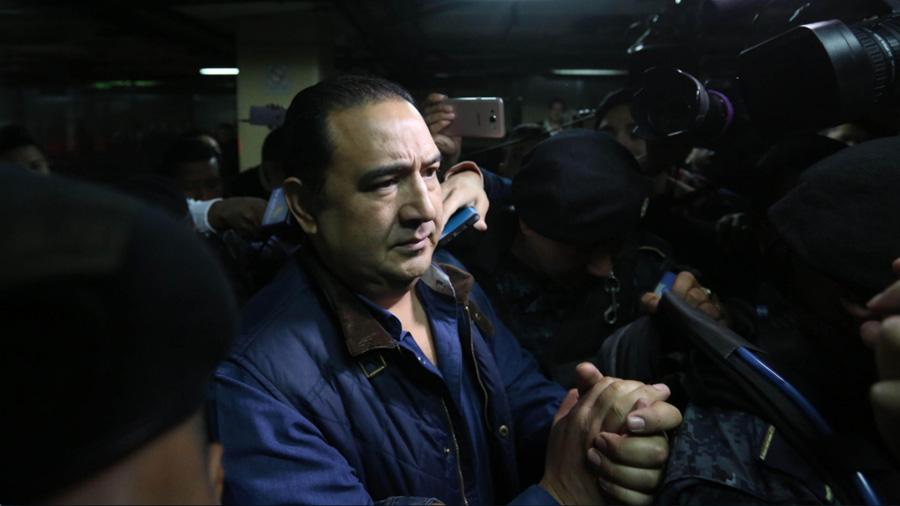 Hijo y hermano del presidente de Guatemala a juicio por corrupción