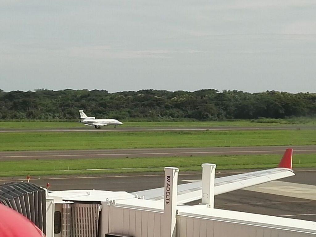 Avión venezolano ha aterrizado tres veces en el país desde mayo