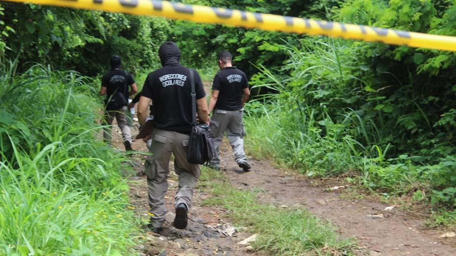 Cadáveres de tres hombres hallados en una fosa ilegal