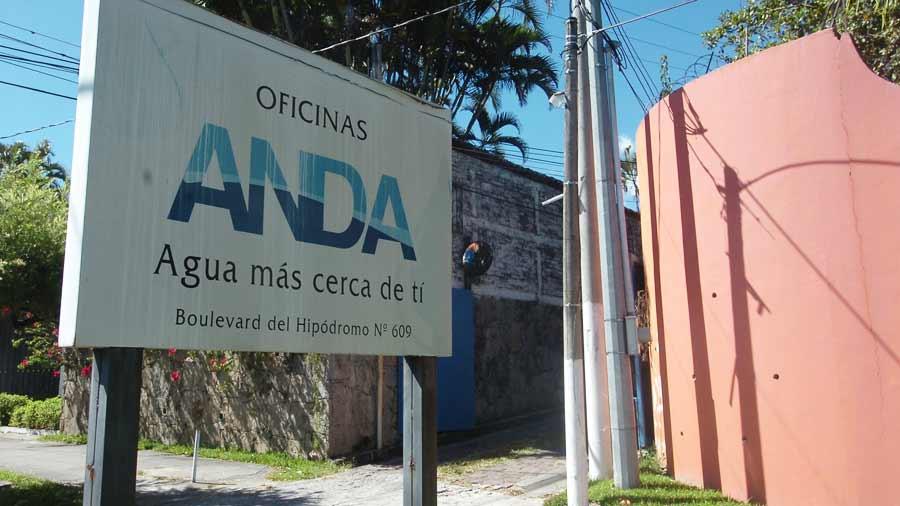 Distribuidoras cortan electricidad a ANDA por falta de pago