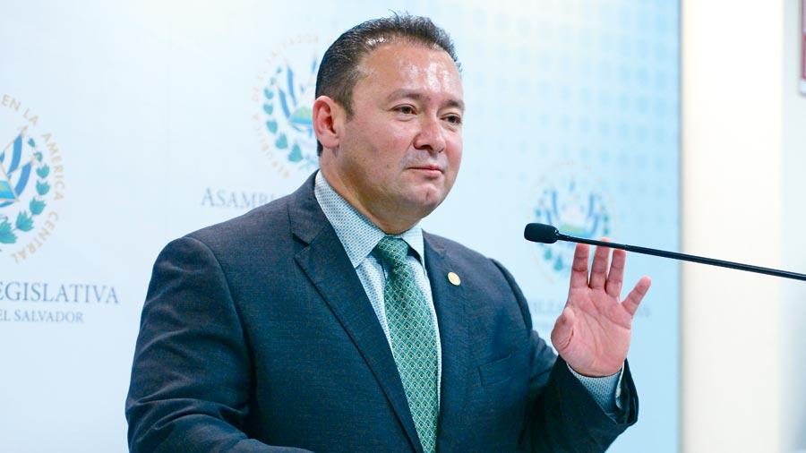 GANA retrasa reforma para corregir elección de CSJ