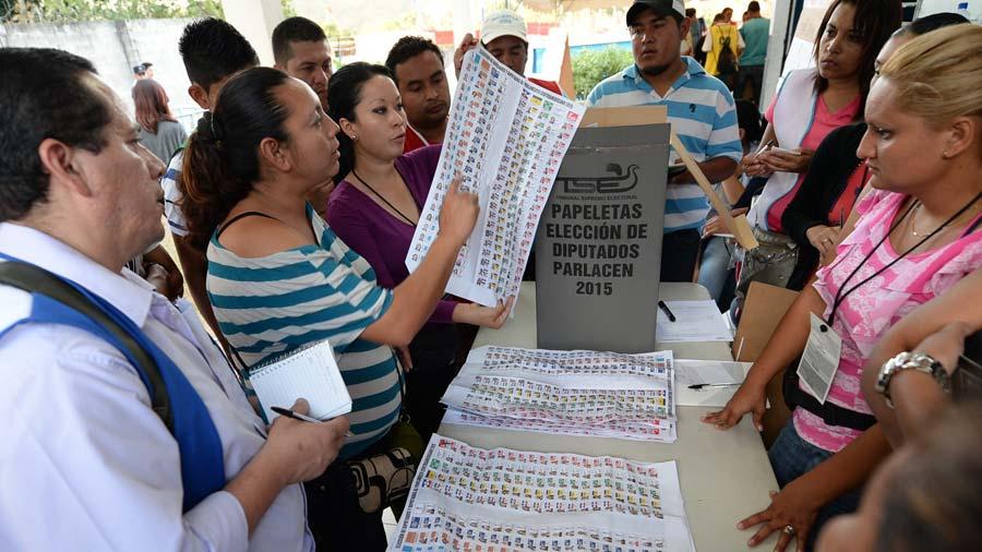 Tribunal Electoral se encamina a una despartidización completa