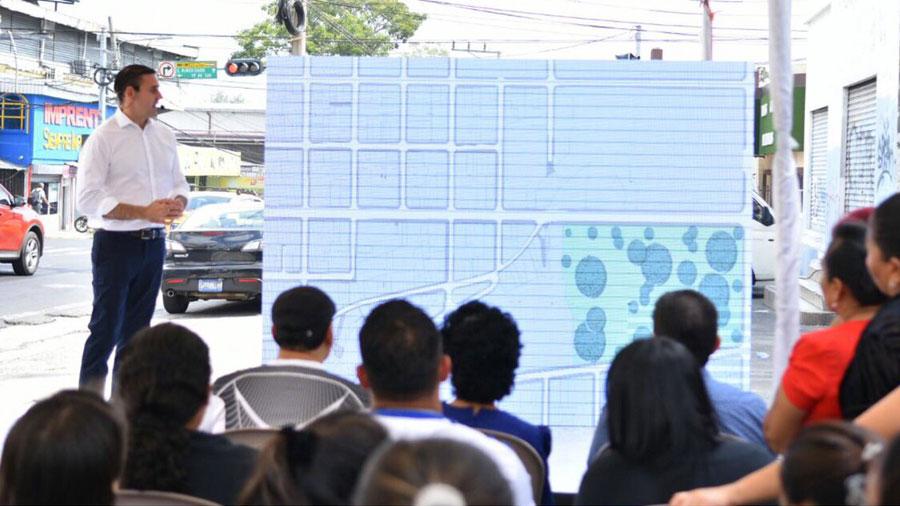 Muyshondt detalla su plan de reordenamiento para San Salvador