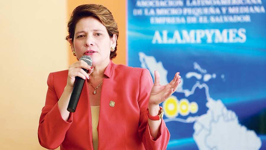Jackeline Rivera ofrece apoyo al sector empresarial de la capital