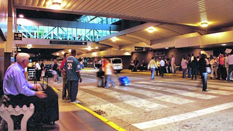 Costa Rica va por su tercer aeropuerto