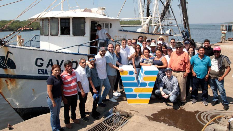 Sector pesquero presenta sus propuestas a Carlos Calleja