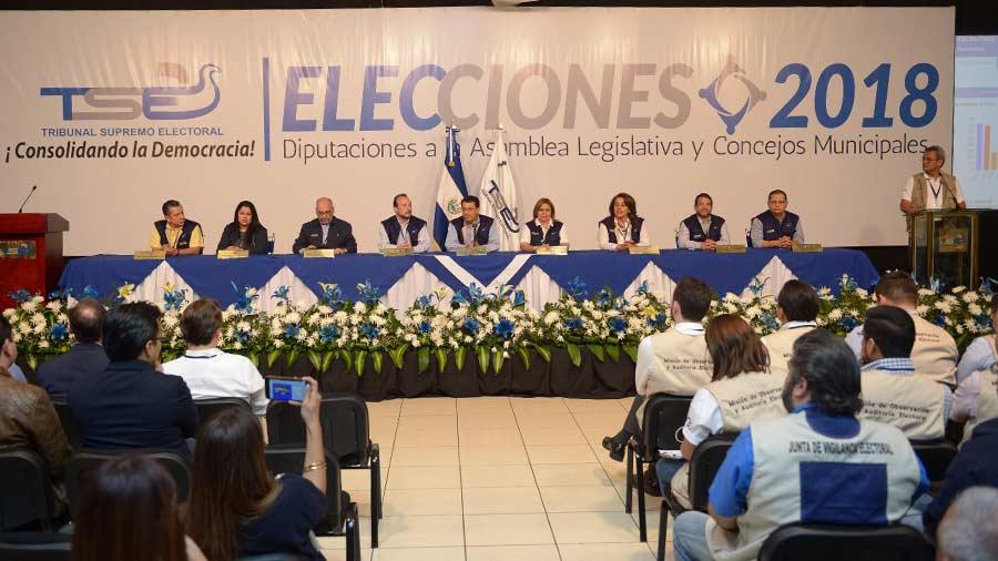 Tribunal electoral y Junta de Vigilancia coinciden en que sistema de transmisión funcionó bien