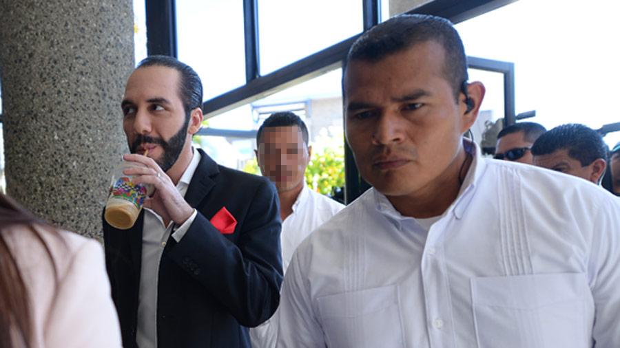 Exescolta de Nayib Bukele pasará seis meses más en cárcel por asesinato