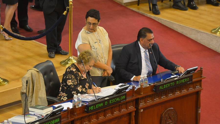 Asamblea da más plazo para pagar deudas en Hacienda