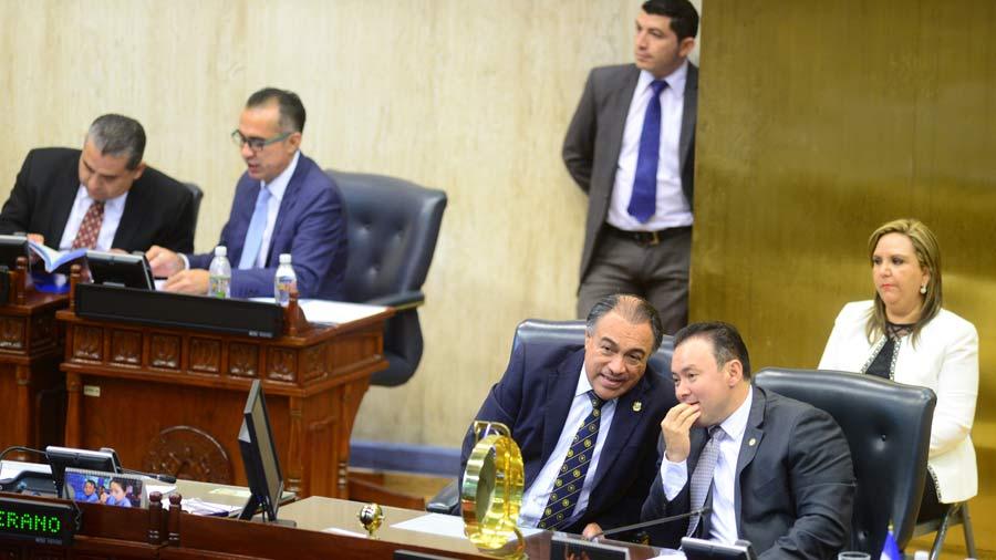 Asamblea saliente subió en $5 millones gasto en salarios y nuevas plazas