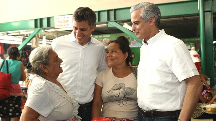 Carlos Calleja inicia un recorrido para debatir con alcaldes