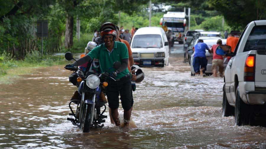 $8 millones para daños por tormenta 12-E desviados a la Presidencia