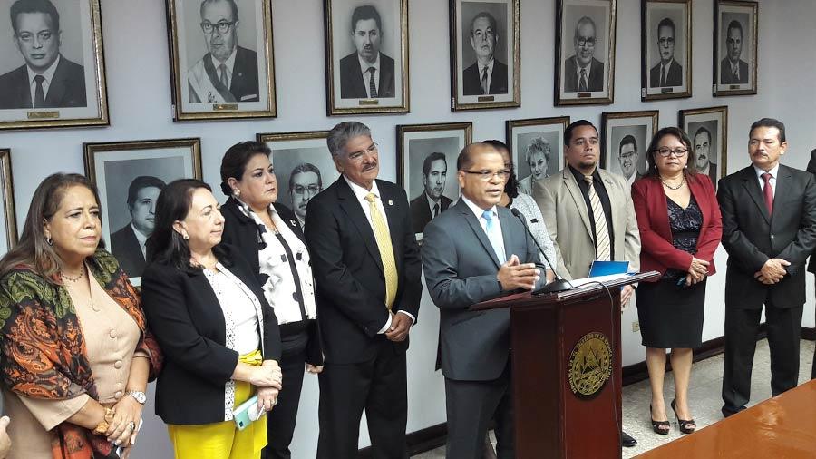 Gobierno pide a diputados aprobar protocolo para unión aduanera