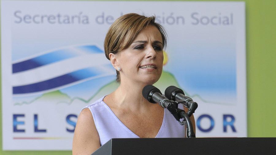 Dirigencia del FMLN se vuelca en defensa de Vanda Pignato