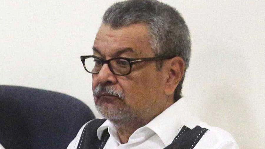 Exempleado de la Presidencia procesado junto a Saca quiere confesar corrupción