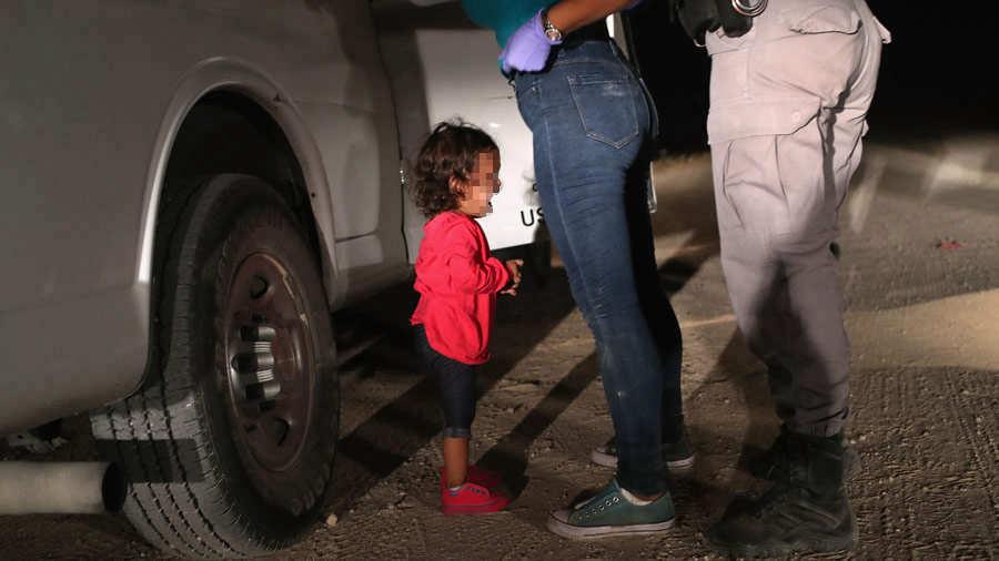 Gobierno de Estados Unidos no cumple plazo y sólo reunifica a 34 niños con sus padres