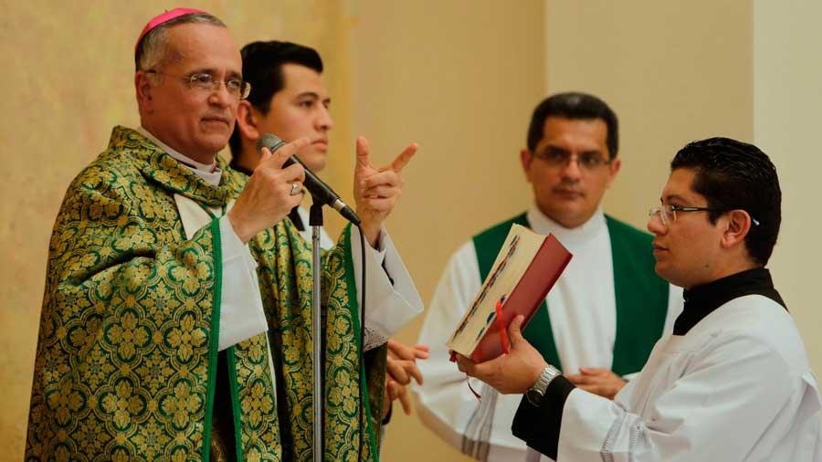 Obispo crítico de orteguistas denuncia plan para matarlo