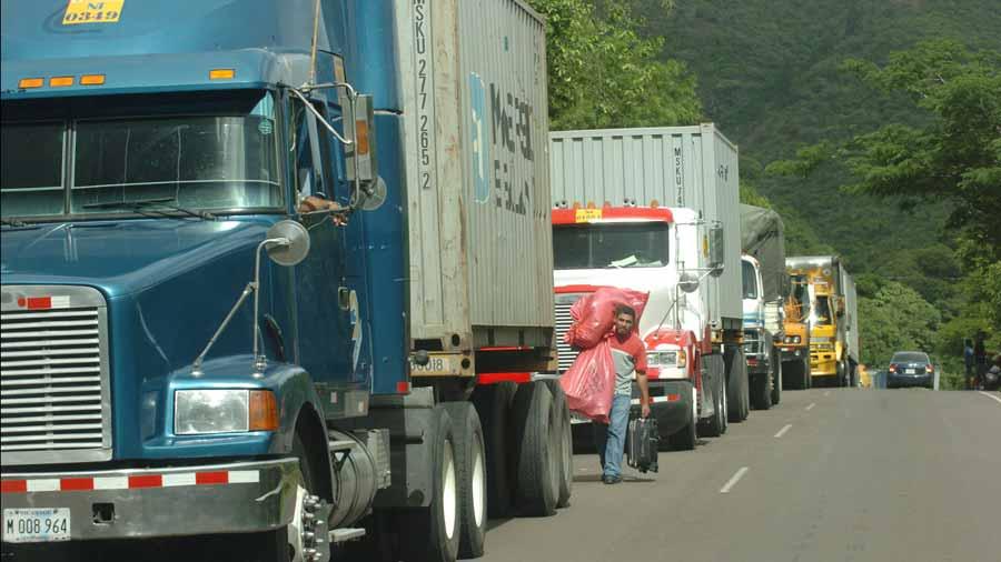 Pérdidas millonarias por crisis Nicaragua en transporte de carga
