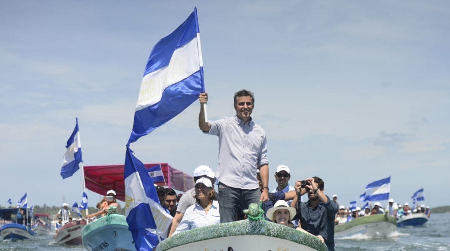 Carlos Calleja reafirma su apoyo al sector pesquero en el departamento de La Paz