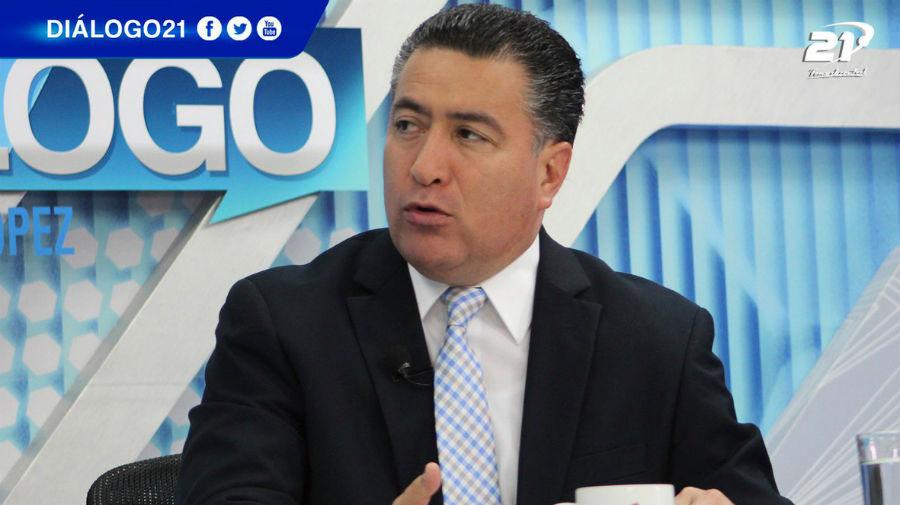 """René Portillo Cuadra: """"el apoyo de tres diputados no es la fracción"""""""