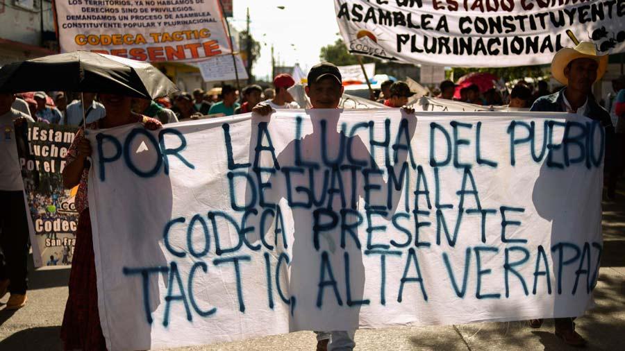 Guatemaltecos exigen renuncia del presidente de Guatemala, Jimmy Morales