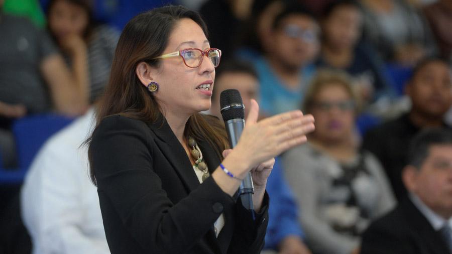 Carmen Aída Lazo propone abrir espacio a jóvenes