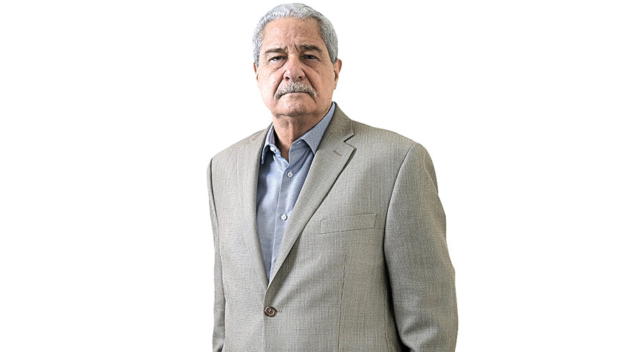 """Salvador Samayoa: """"Si Hugo muestra pensamiento propio puede recuperar a buena parte de los votantes del FMLN"""""""