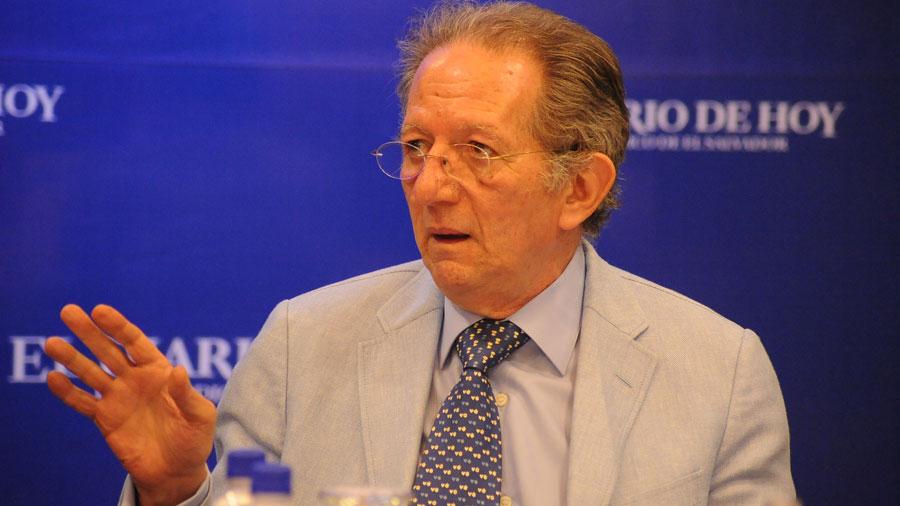Fabio Castillo afirma que aprobación de contrato de mercados es nula