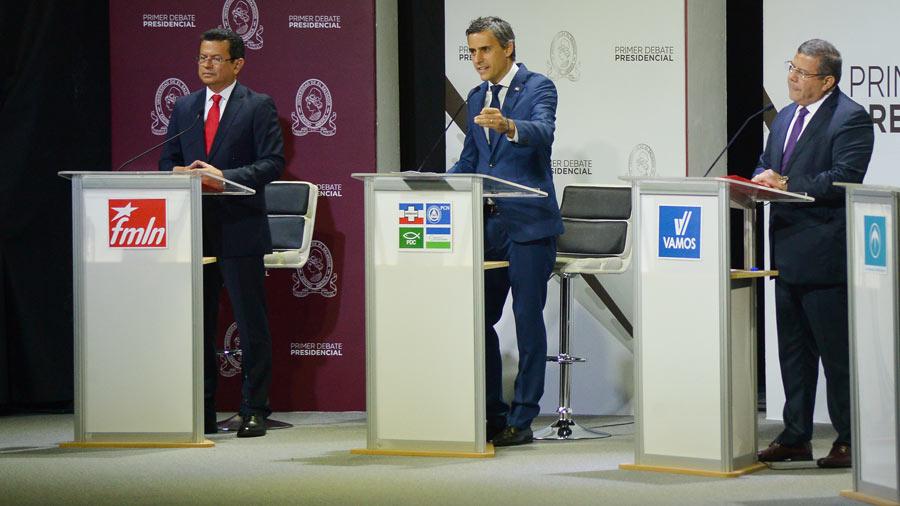 Carlos Calleja y Hugo Martínez sorprendieron desafiando a sus partidos