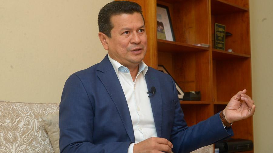 """Hugo Martínez: """"El FMLN está experimentando una remontada desde diciembre"""""""