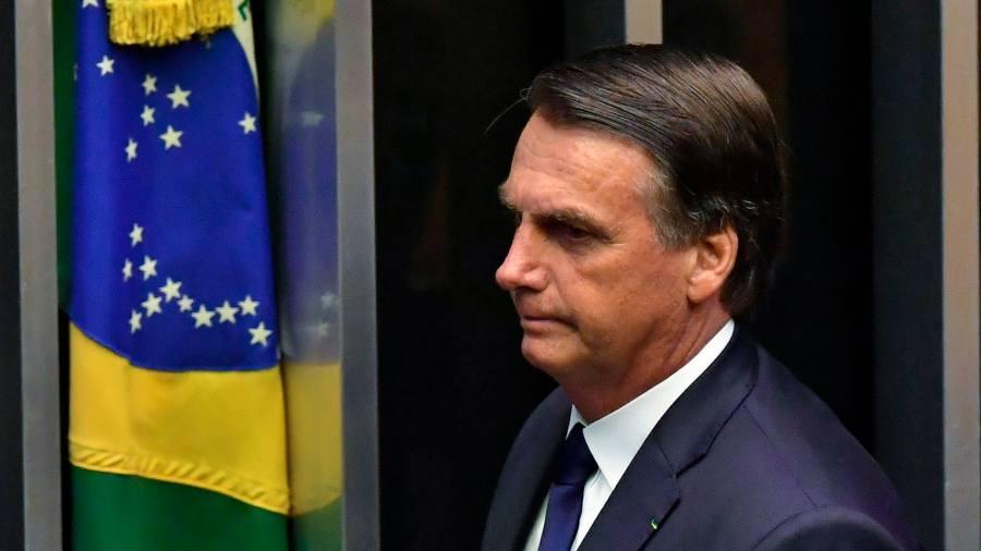 Bolsonaro afirma que estudia extinguir la Justicia del Trabajo en Brasil