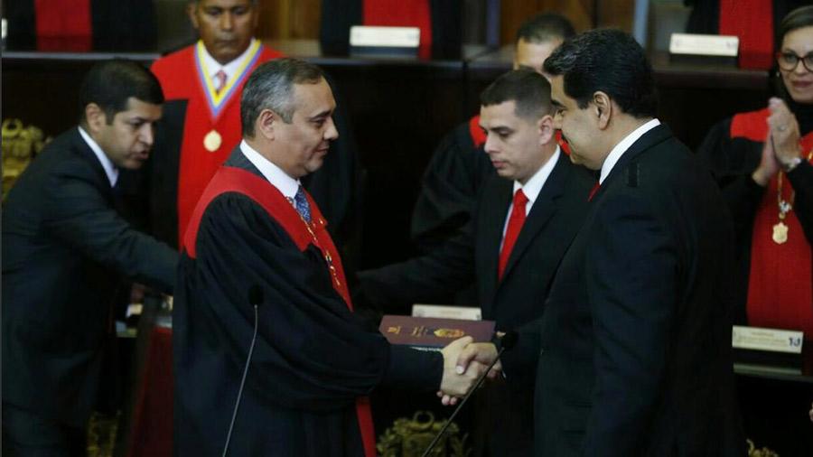 Nicolás Maduro inicia su segundo mandato con un país en crisis y acusaciones de la ilegitimidad en su elección