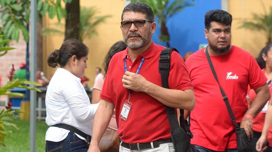 """Fidel Fuentes pide al partido no escoger """"relevos de parentelas o a la medida"""""""