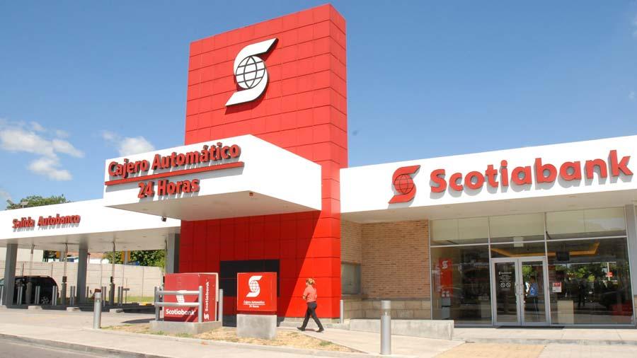 Banco Cuscatlán compra operación de banca y seguros de Scotiabank El Salvador