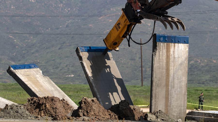 Pentágono de Estados Unidos avala uso de $1,000 millones para muro fronterizo